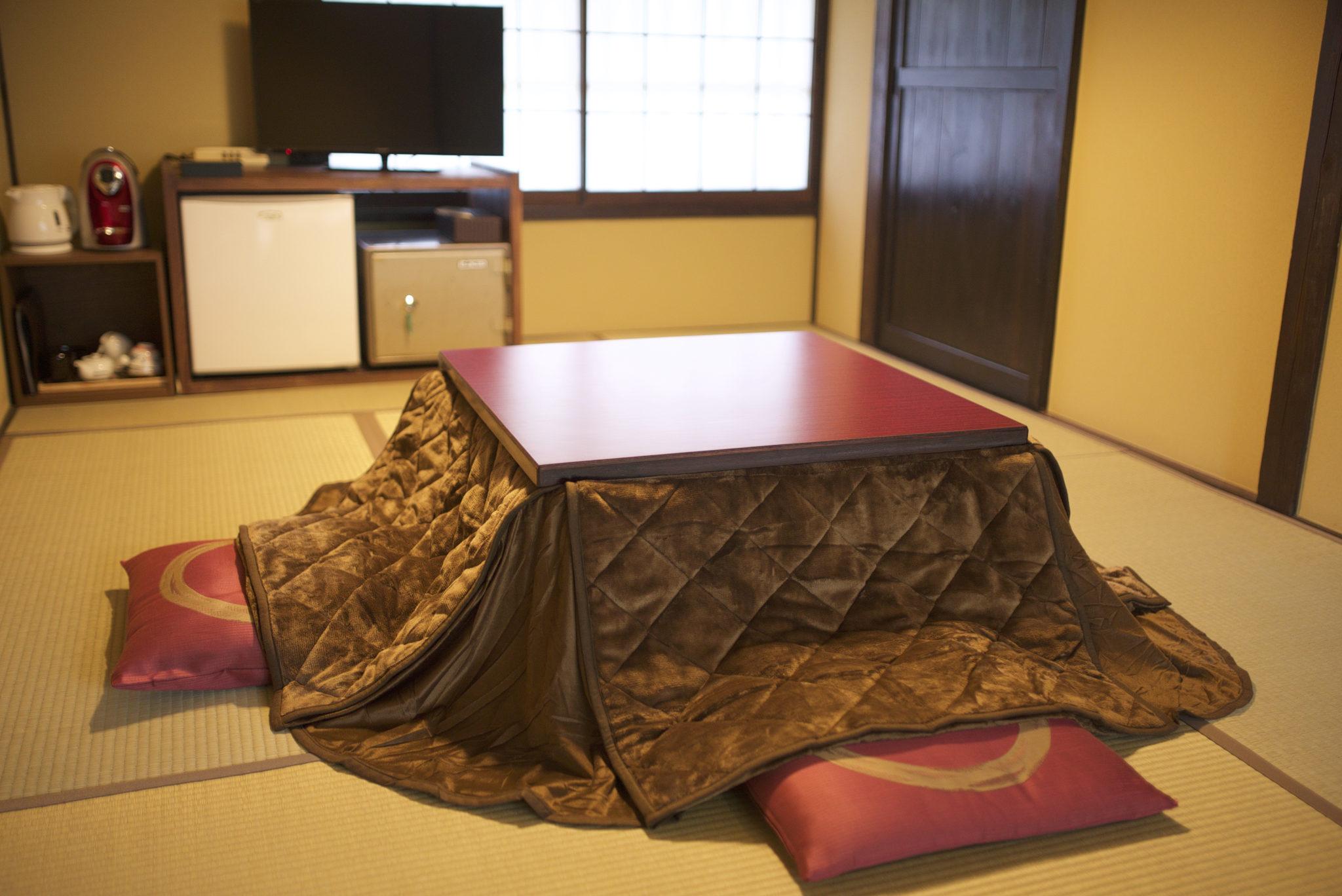 日本の伝統的暖房/堀こたつ